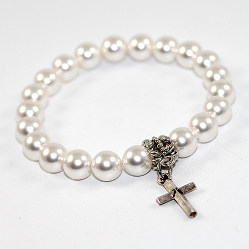 Classic Cross Pearl Bracelet with choice of Swarovski© Crystal Pearl Colour